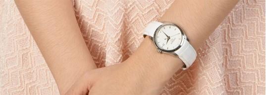 Топ 5 швейцарски дамски часовници със сапфир-кристал