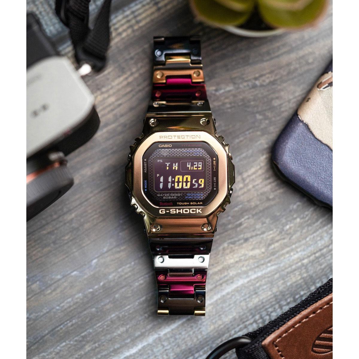 Часовник Casio G-Shock GMW-B5000TR-9ER