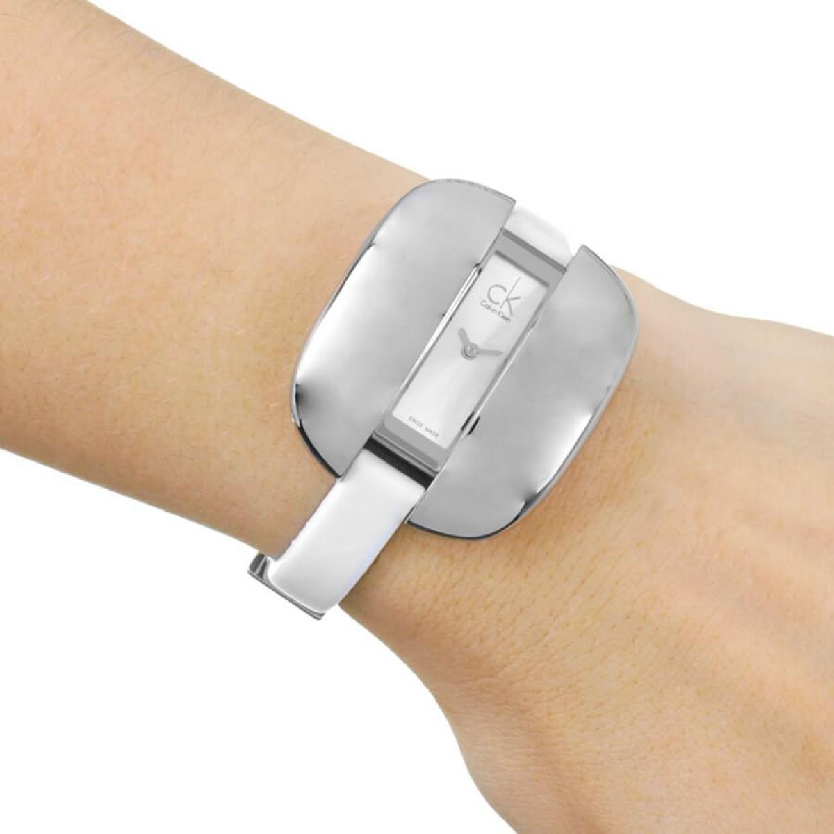 Часовник Calvin Klein K2E23126