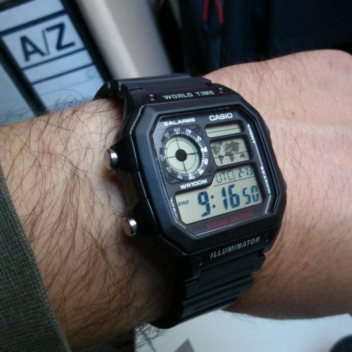 Часовник Casio AE-1200WH-1AEF
