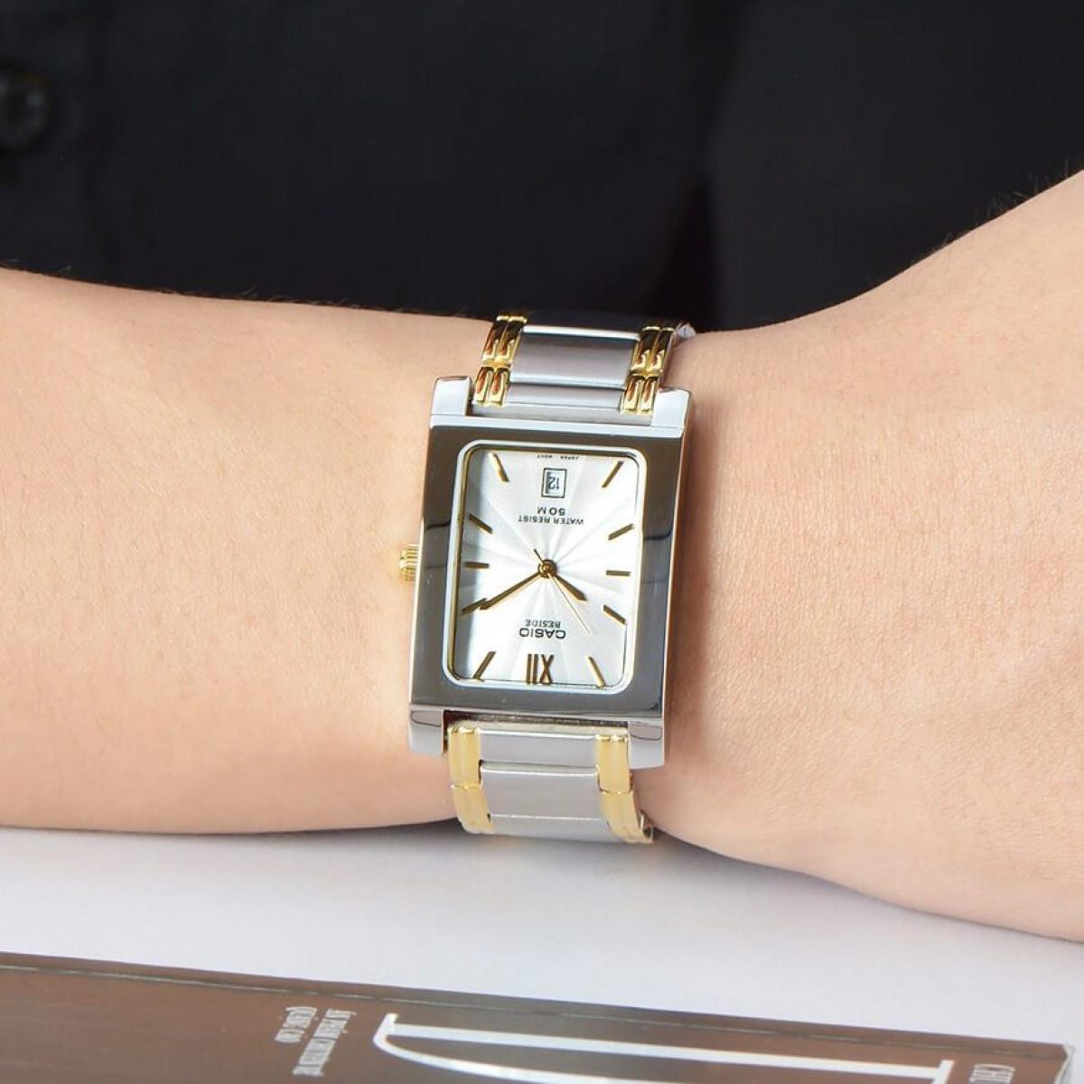 Часовник Casio BEM-100SG-7AV