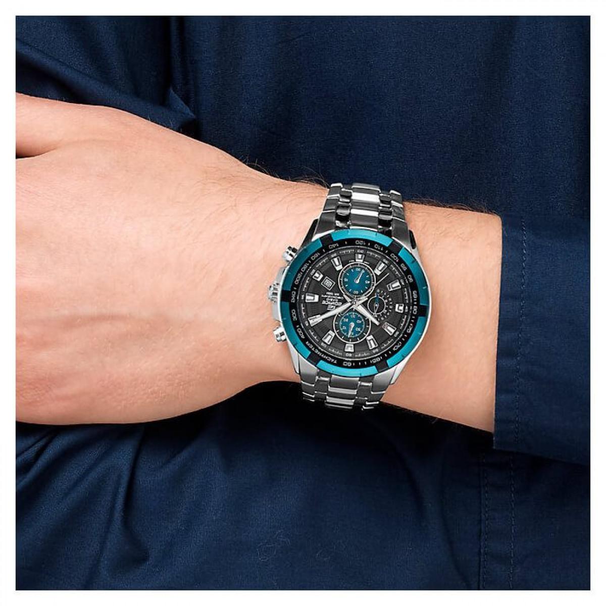 Часовник Casio EF-539D-1A2VEF
