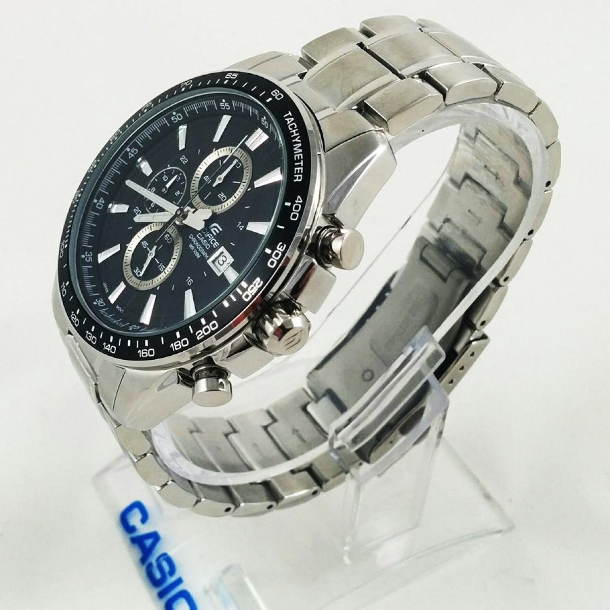 Часовник Casio EF-547D-1A1VEF