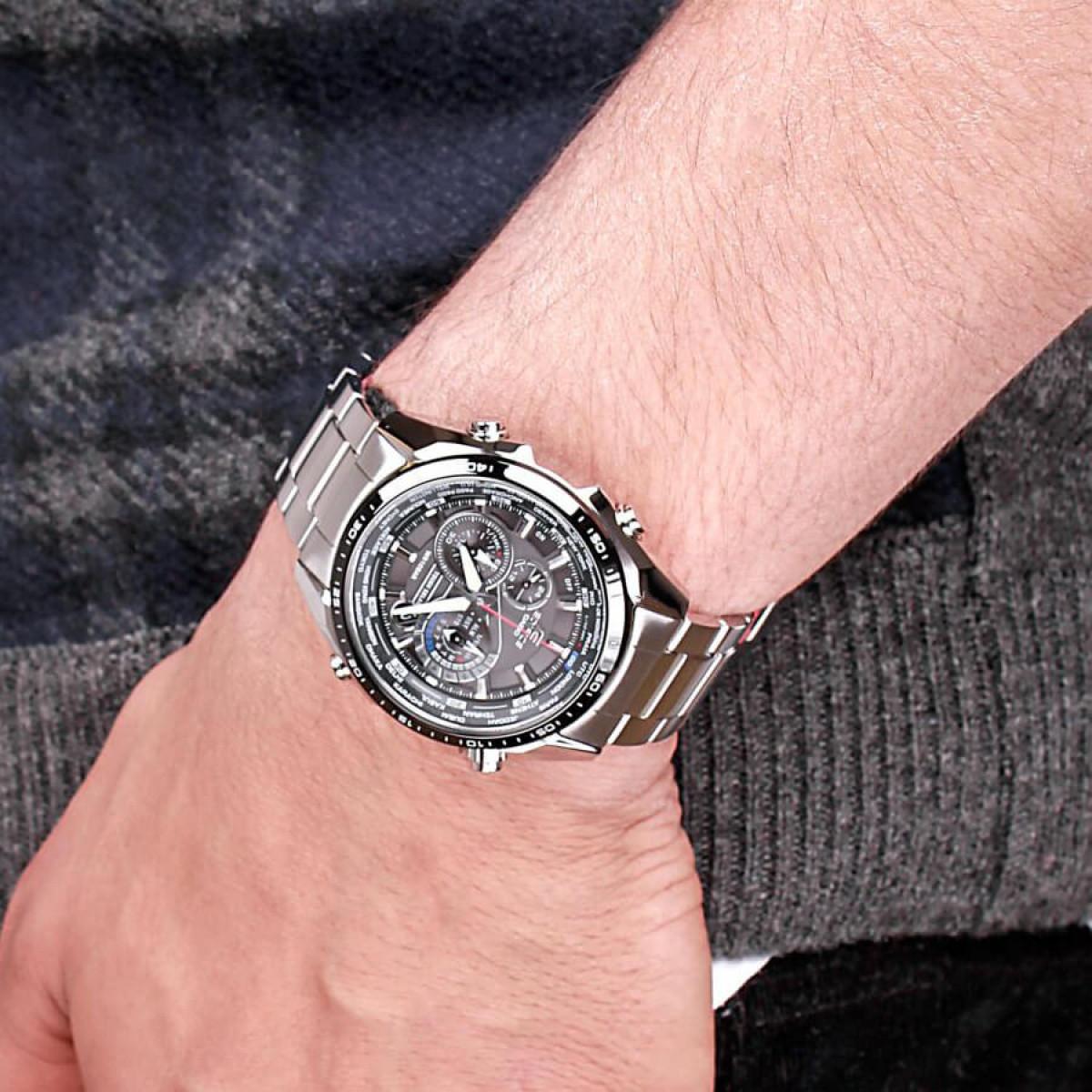 Часовник Casio EQS-500DB-1A1ER
