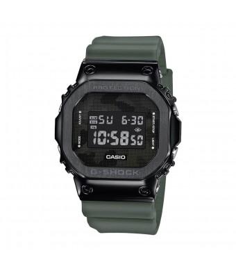 Часовник Casio G-Shock GM-5600B-3ER