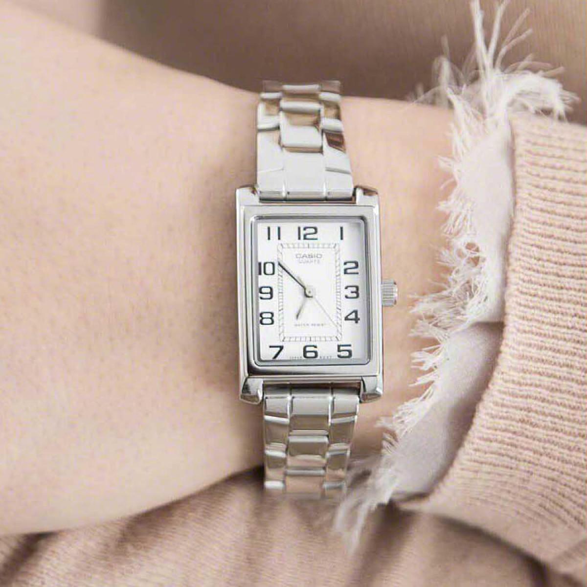 Часовник Casio LTP-1234PD-7BEF