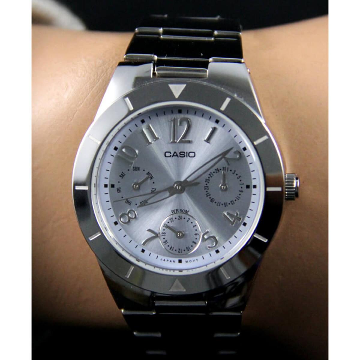 Часовник Casio LTP-2069D-2A2VEF
