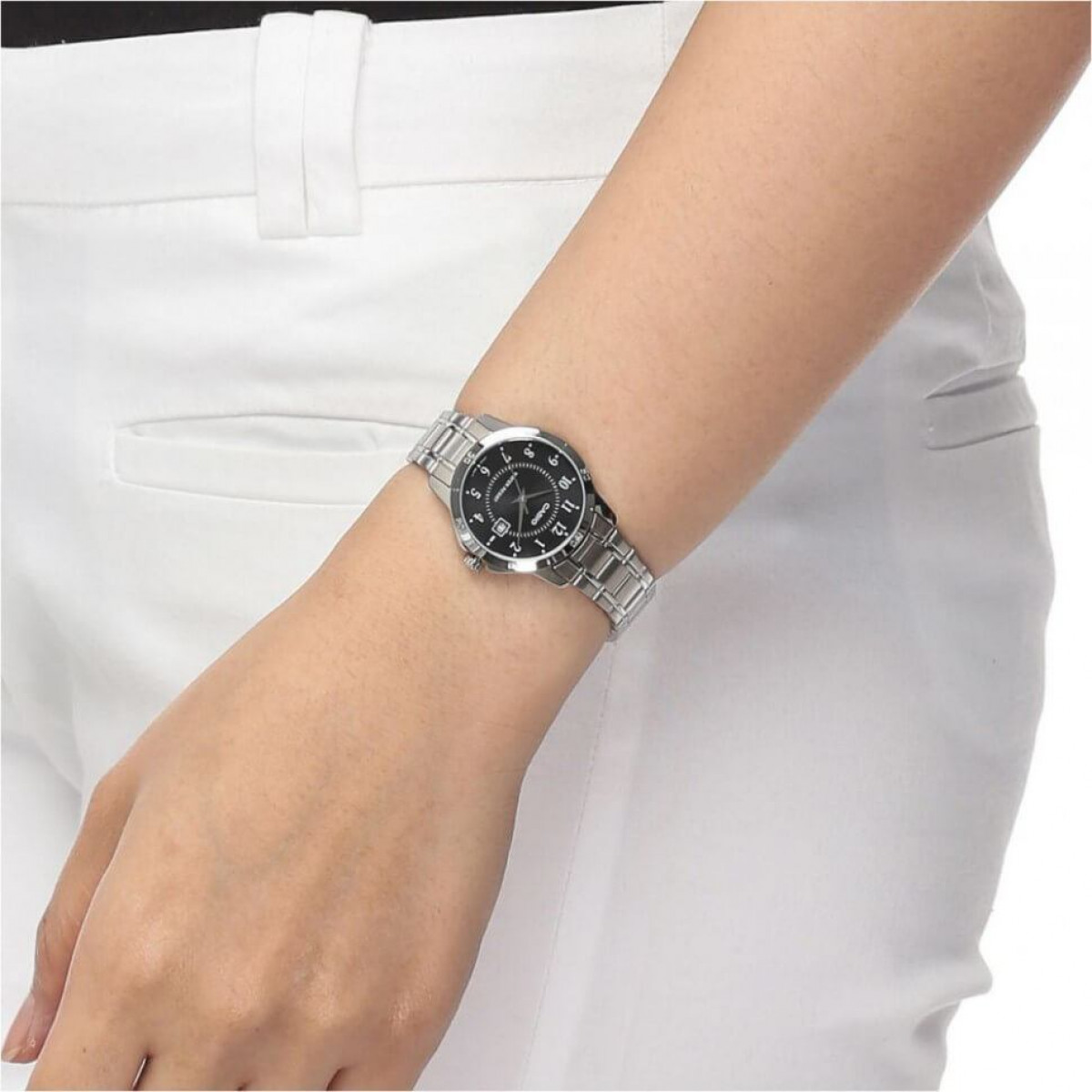 Часовник Casio LTP-V004D-1BU