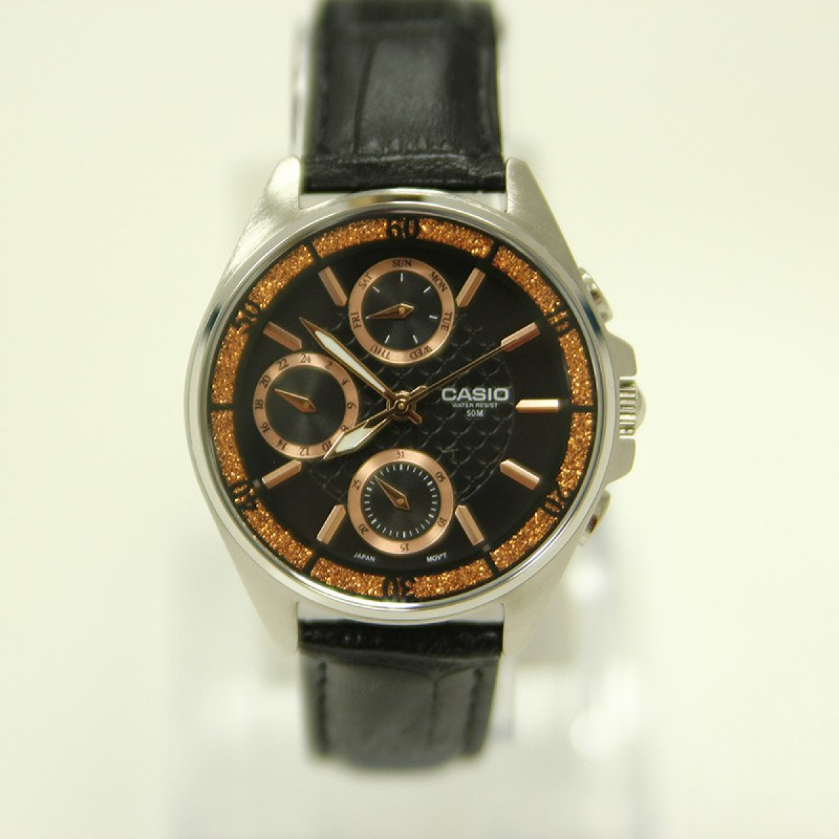 Часовник Casio LTP-2086L-1AV