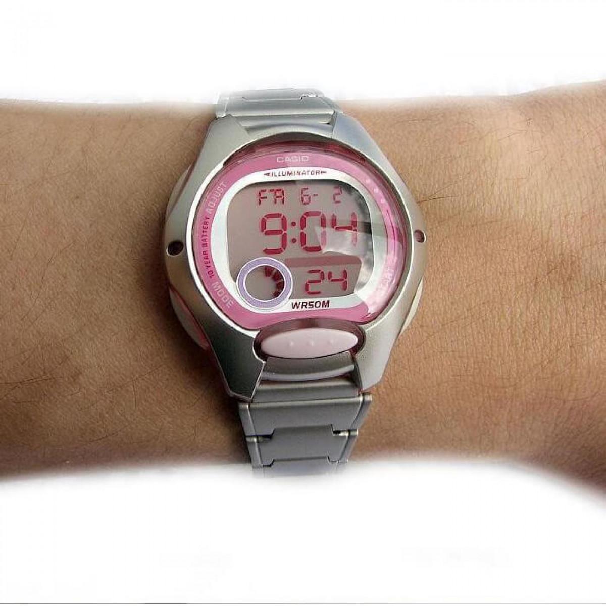 Часовник Casio LW-200D-4AVEG