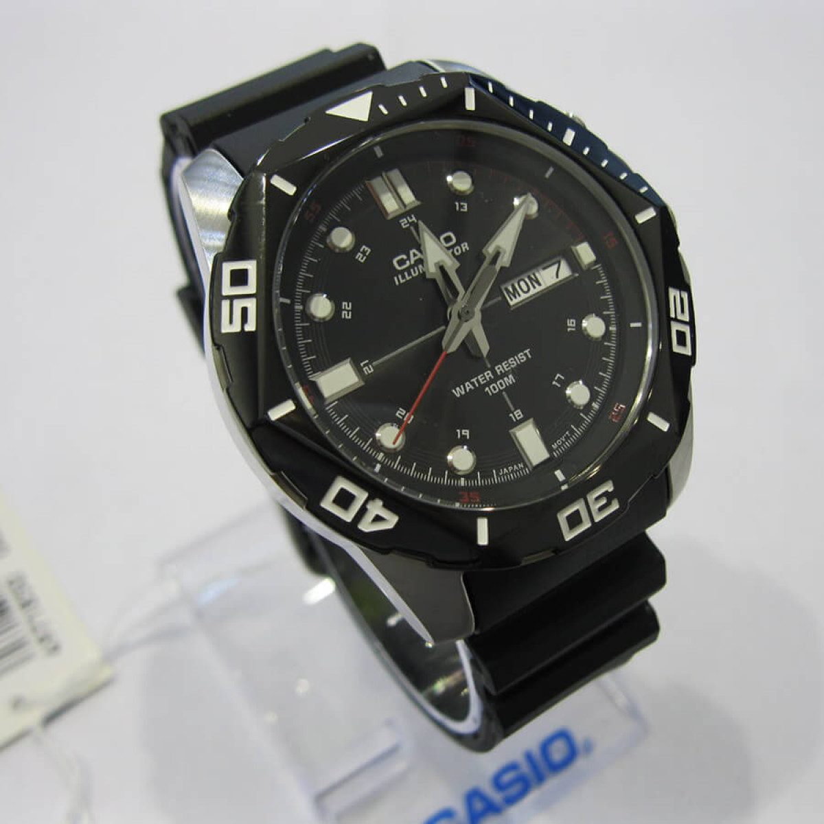 Часовник Casio MTD-1080-1AVEF