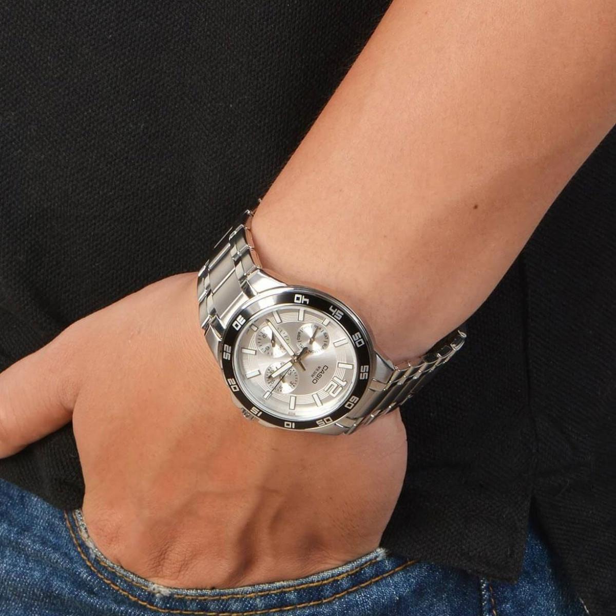Часовник Casio MTP-1300D-7A1V