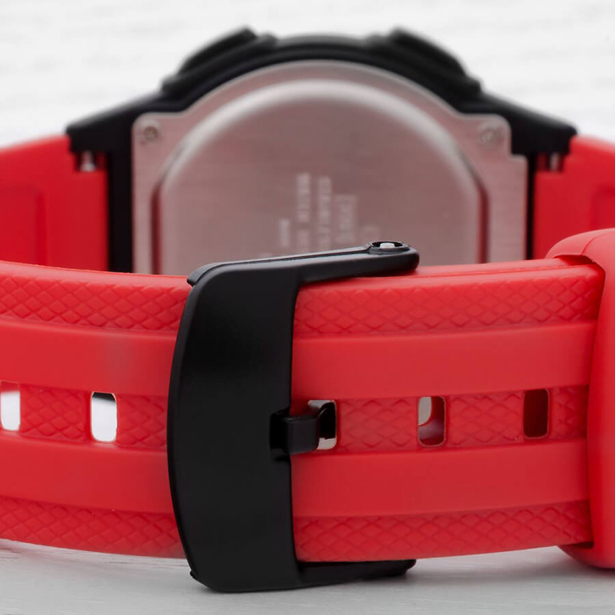 Часовник Casio W-211-4AVES