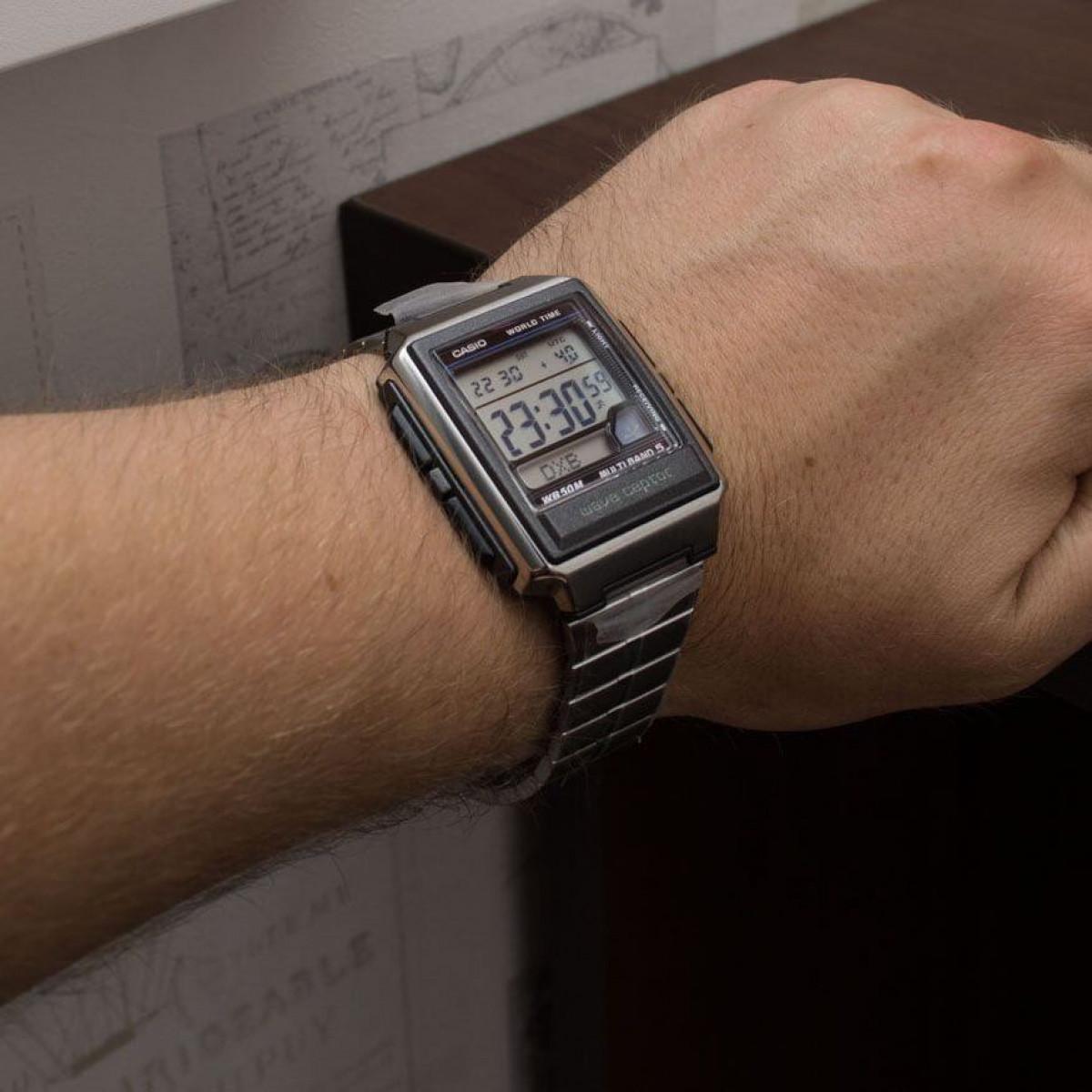 Часовник Casio WV-59DE-1AVEF