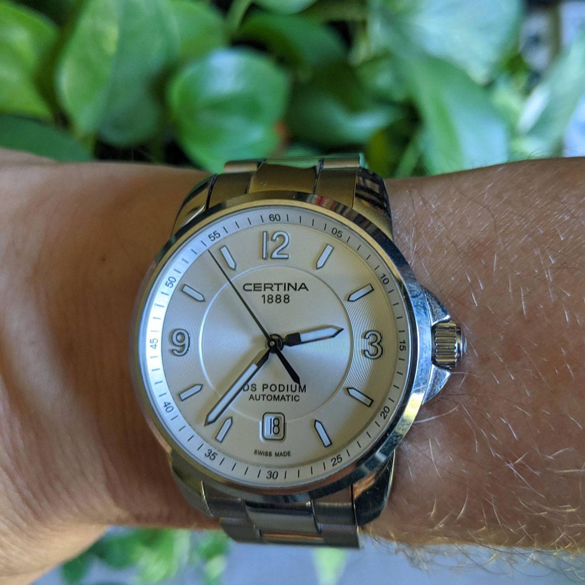 Часовник Certina C001.407.11.037.00