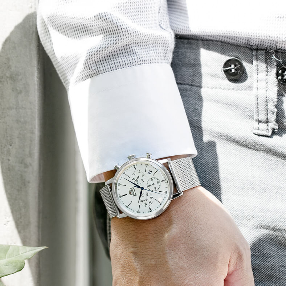 Часовник Orient RA-KV0402S