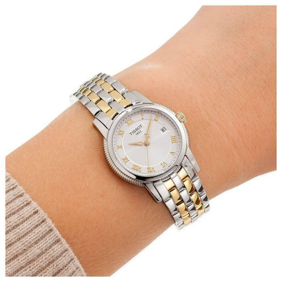 Часовник Tissot T031.210.22.033.00