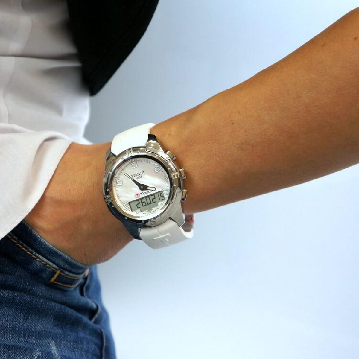 Часовник Tissot T047.220.47.111.00
