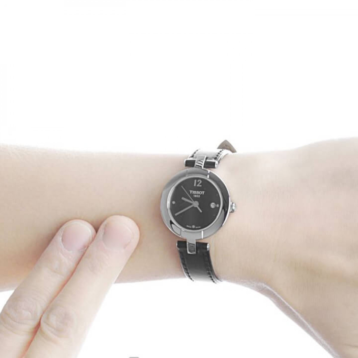 Часовник Tissot T084.210.16.057.00